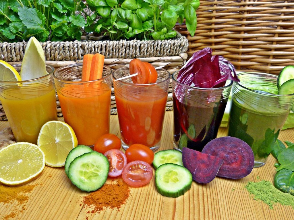 what to eat and drink when detoxing from alcohol